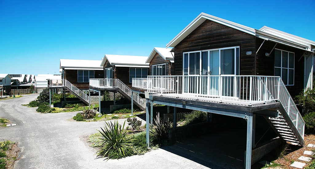 Caves beach accommodation nsw